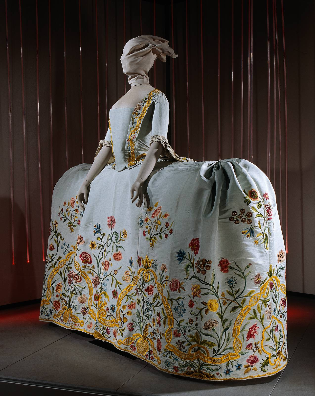 18th Century Costume Archives: Embroidered Dutch Wedding Gown ...