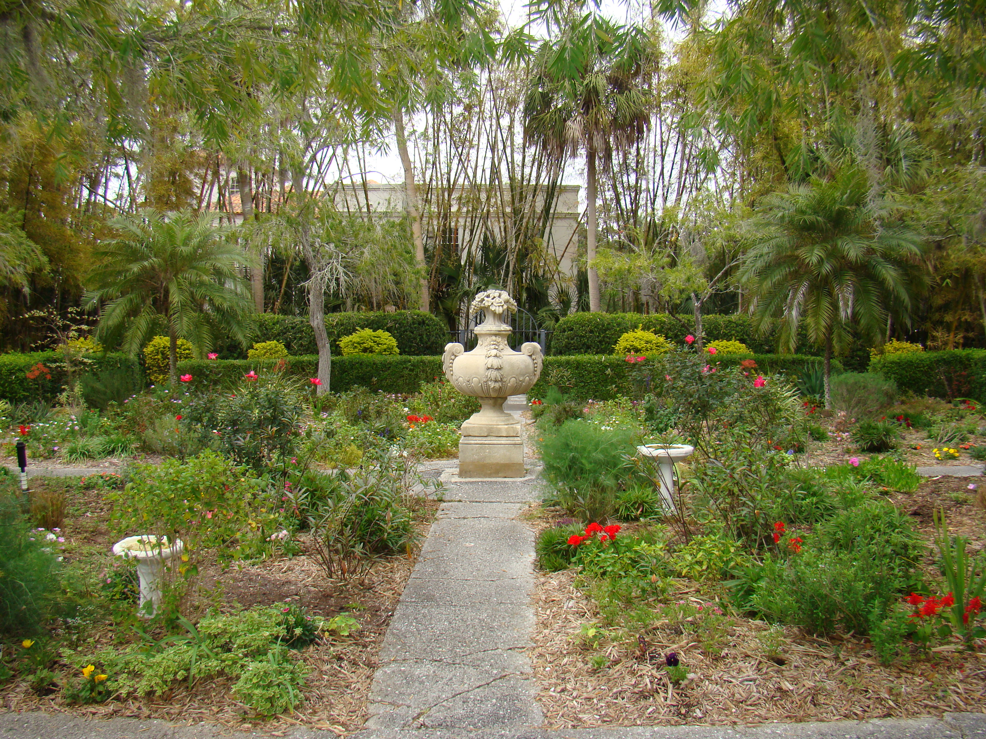 Secret Garden: Stepping Outside Cà D'Zan: More Ringling Photos